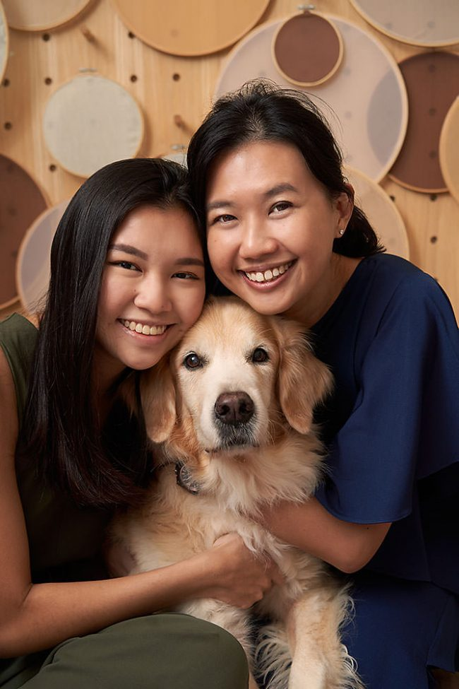 Family Photoshoot with Pet