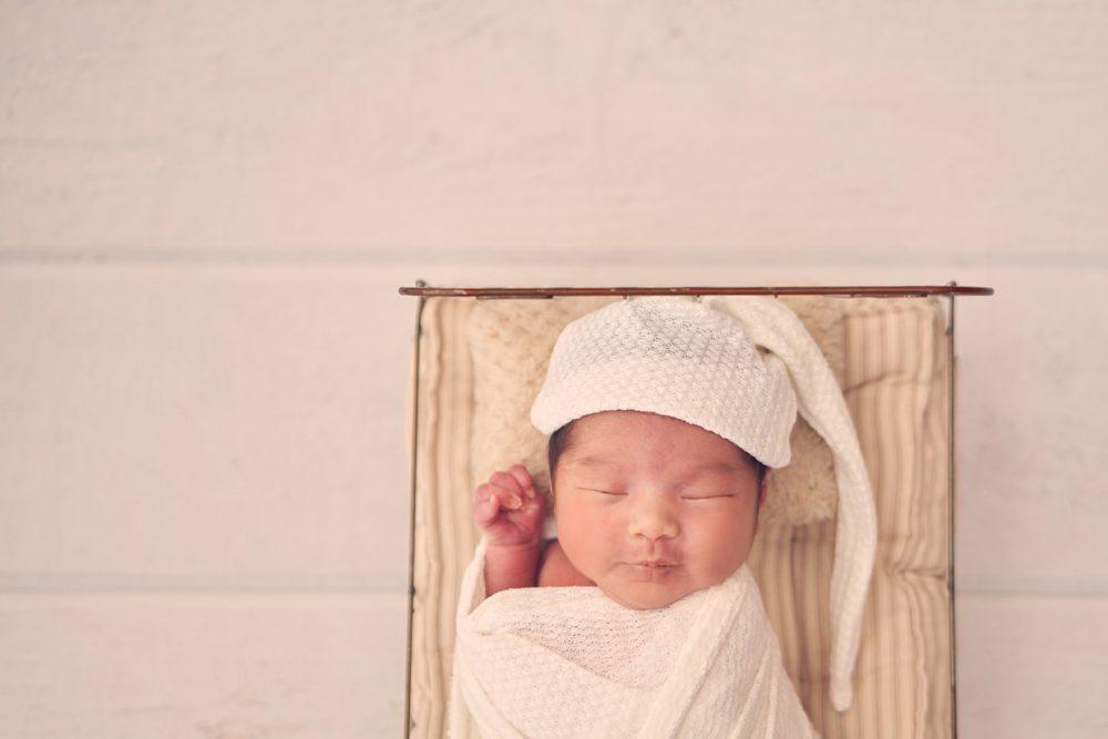 best newborn studio photoshoot